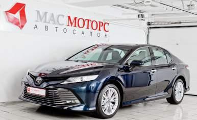Toyota Camry Синий